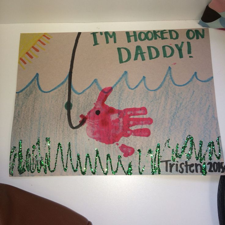 our Pinterest attempt turned out pretty good for a last minute Father's Day craft!