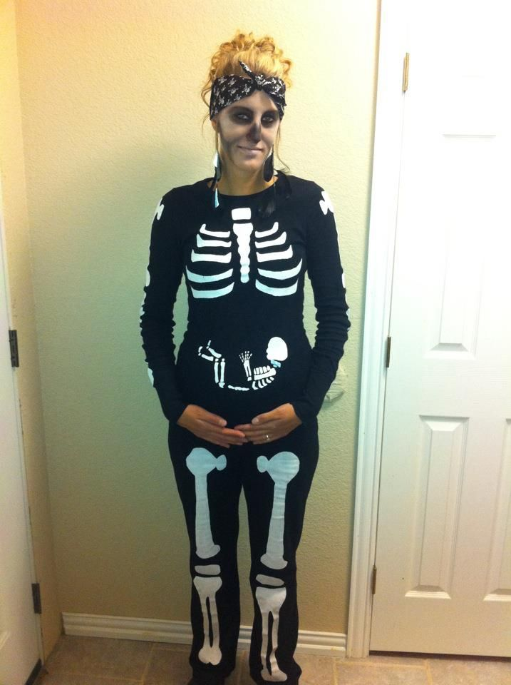 Pregnant Skeleton costume I made! He even has a blue bow tie on his neck!