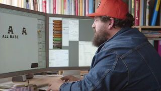 This is how professional designers create their logos
