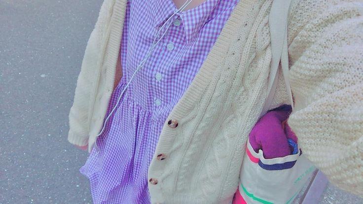 _ 春らしく������ かなり前に韓国の通販で買ったギンガムちゃんに古着のニットカーディガン�� ぱーぷる、すきないろ! . いってきます�� . #fashion #ootd #ginghamcheck #purple#instagood #instafashion #l4l #knit#古着#おしゃれ#お洒落さんと繋がりたい #ケーブルニット#春服 http://www.butimag.com/fashion/post/1485226890482327183_4152560699/?code=BSclfziDp6P