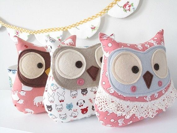 ,może zdaze, poki H nie wyrosnie...: Owl Pillows, Owl Cushion, Ideas, Owl, Stuffed Owls, Diy, Owl, Crafts