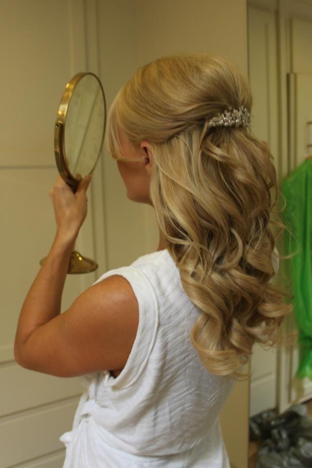 Inspirational Braut Haar halb oben halb unten Schulter Länge
