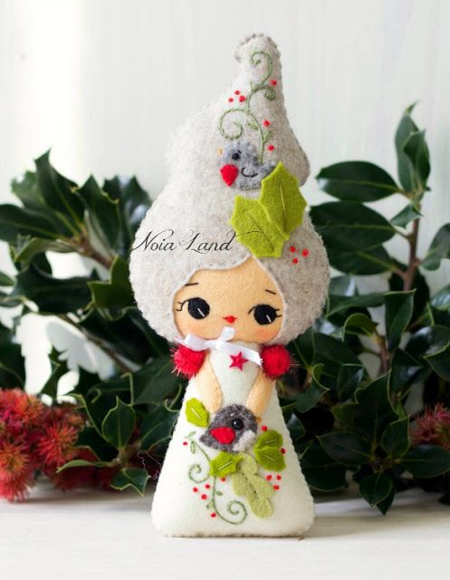 Noia Land: Felt ornaments