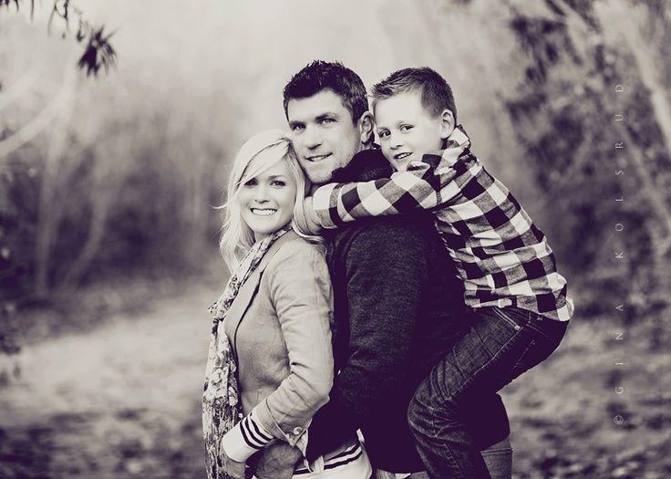 family of three photo poses | Family Pose - Gina Kolsrud Photography | photography