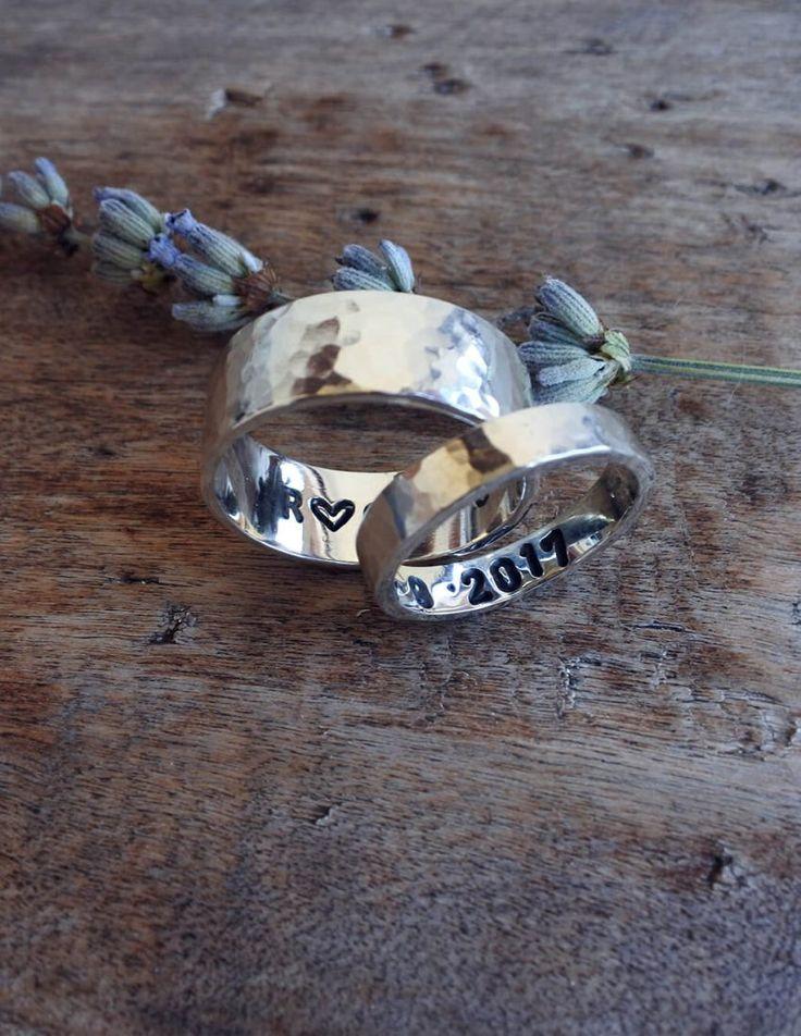 Coppia di fedi in argento 925. I sepini non sono semplici gioielli,sono pezzi unici che fanno emozionare.