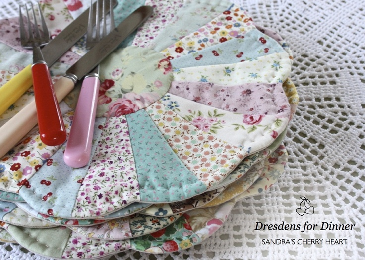 Cherry Heart: Dresdens plate placemats: Patchwork, Cherries Heart, Plates Placemat, Dinners, Heart Blog, Dresden Placemats, Dresdens Jpg 1 250 892, Plates Tables, Dresden Plates