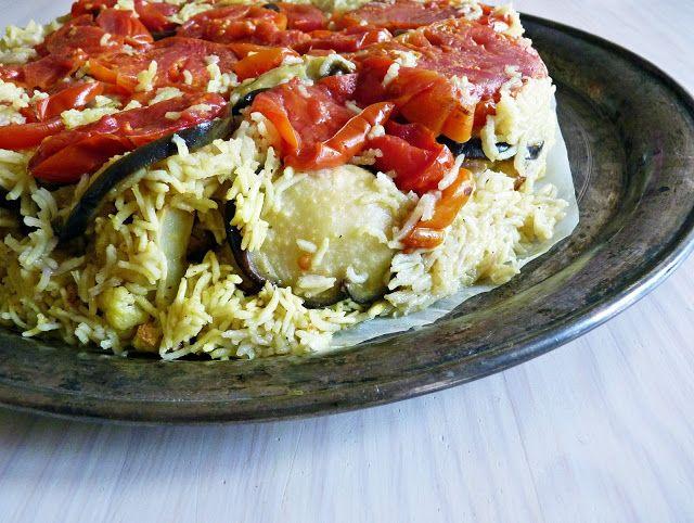 Újdonság: Maqluba - a kifordított rizstorta, http://kertinfo.hu/maqluba-a-kiforditott-rizstorta/, ezekben a témakörökben:  #hús #karfiol #padlizsán #Zöldség, írta: Rakottkert Blog