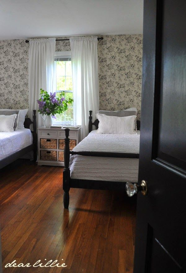 Lillie and lola 39 s old fashioned new england bedroom by for New england bedroom