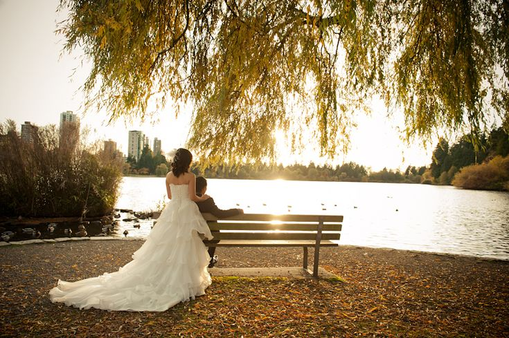 Linh & Tai - Pre Wedding Shoot -Stanley Park/Gastown | Blush Photography - Vancouver Wedding Photographers