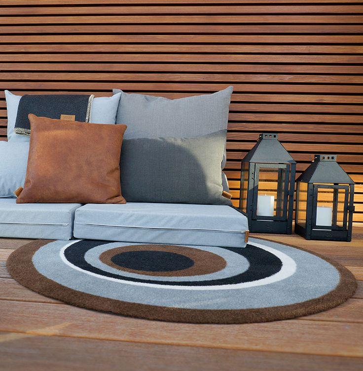 die besten 17 ideen zu outdoor sitzkissen auf pinterest sofa aus palletten paletten couch im. Black Bedroom Furniture Sets. Home Design Ideas