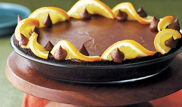 chocolate cream pie with orange trim | Royal Pie-ness | Pinterest