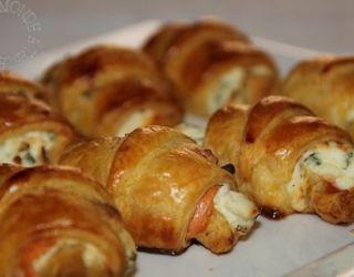 Recette - Mini croissants au saumon fumé, philadelphia et ciboulette | 750g