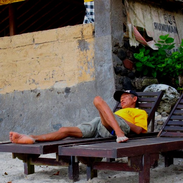 Nap time: White Sand Beach, near Candi Dasa: Bali: Mar 12