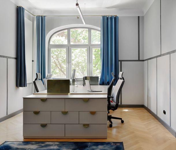 Офис в голубых тонах в Кракове