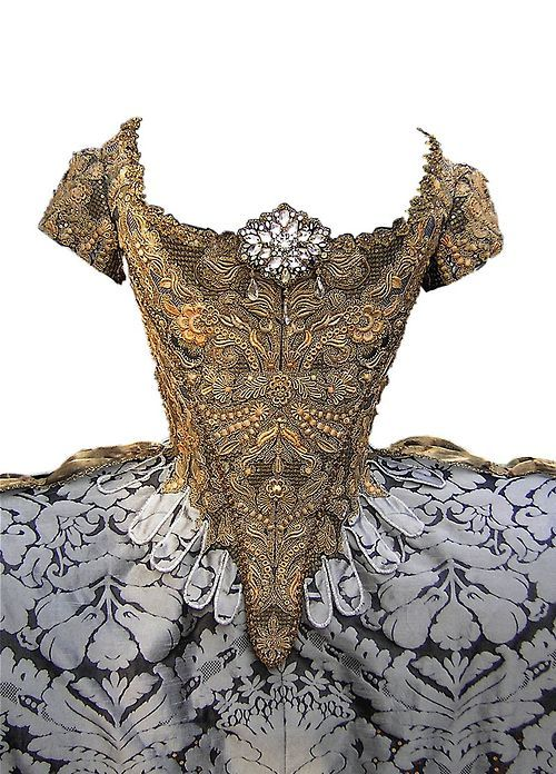 """""""1750 French court dress"""" *I'm dying right now*.."""