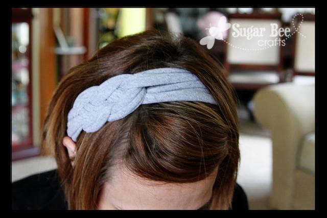 DIY Knotted Headbands: T Shirts Yarns, Knot Headbands, T Shirt Headbands, Diy Knot, Tshirt Yarns, Knotted Headband, Diy Headbands, Tshirt Headbands, T Shirts Headbands