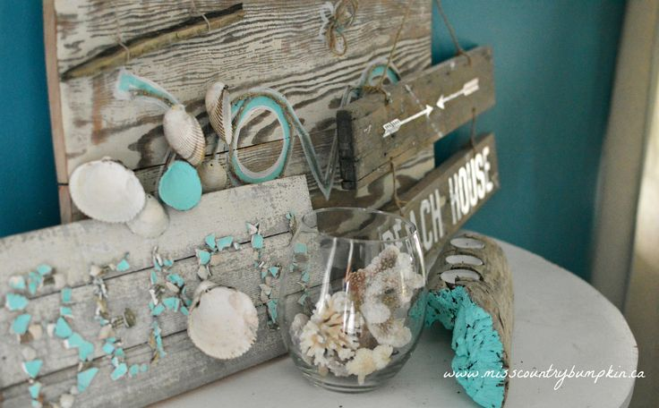 Love beachy upcycled decor <3  #signs #sign #wood #wooden #pallet #seashells #candle #driftwood #beach #diy #ideas