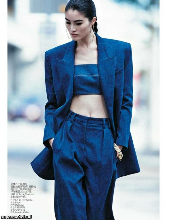 Sui He in 'Urban Denim Chic' - Photographed by Lachlan Bailey (Vogue China February 2013)    Complete shoot after the click...