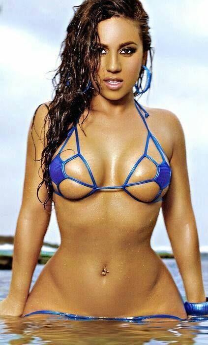Wet And Hot  Nenas En Bikini, Mujeres Hermosas, Mujeres -7216