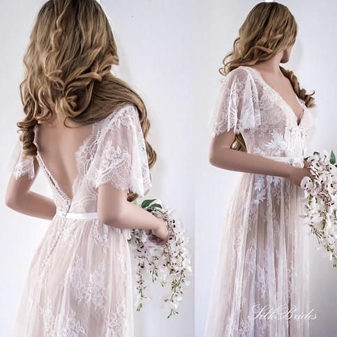 2018 Lace Wedding Dress / Bridal Gown / Open Back