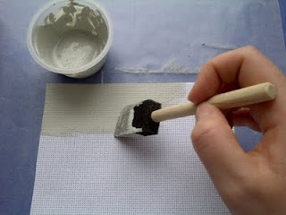weelittlestitches: Tutorial: How to Paint Aida Cloth - what a great idea!
