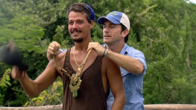 Rob Mariano...my favorite SURVIVOR.  And Jeff Probst...my favorite host.  Miss this show, haven't gotten to watch the last few seasons.  No time :-(