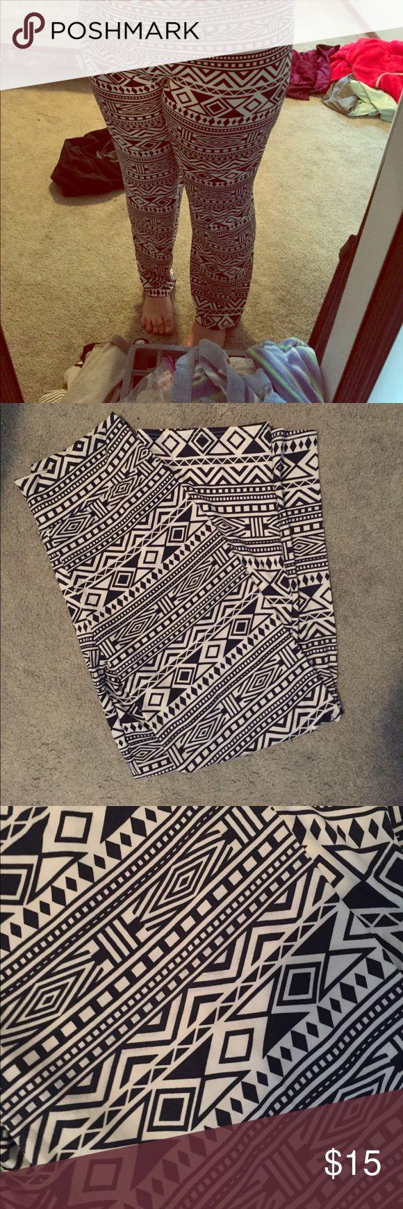 Aztec print pants So comfy Pants
