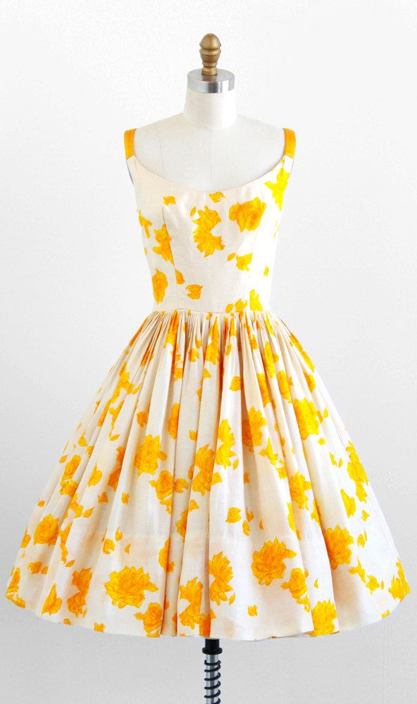 vintage 1950s yellow & white roses water colour  silk dress