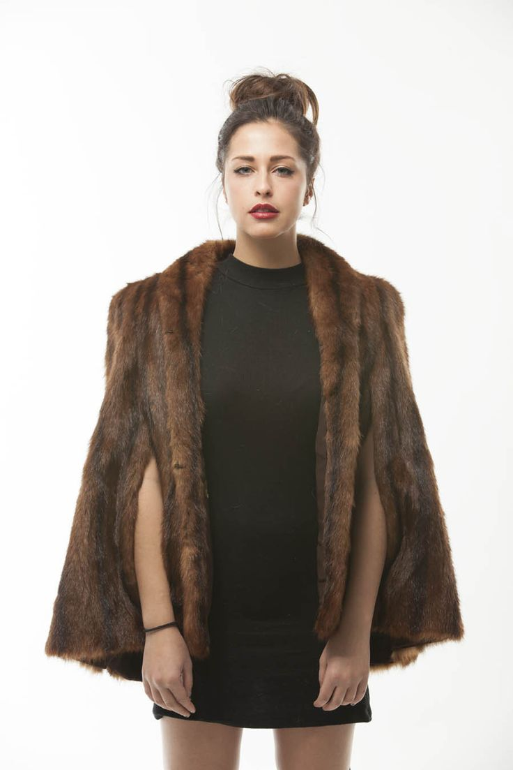 """Vintage Brown Marmot Fur Cape Vintage Is WELL BEYOND GOOD!! Lining is in excellent condition Length 28"""" Model 5'4"""" Dress Size 2"""