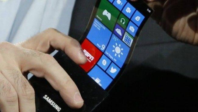 Protótipo de tela dobrável demonstra como serão os smartphones do futuro