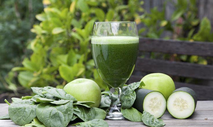 Zelené smoothie z jablek, špenátu a okurky