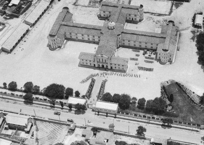 1949 Escuela de Artilleria Cr. 7 Cl. 22 sur Bogota.