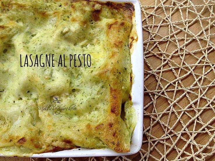 Le lasagne al pesto sono un piatto ricchissimo di sapore e molto delicato , perfetto per un pranzo importante o per una domenica all'insegna del gusto :)