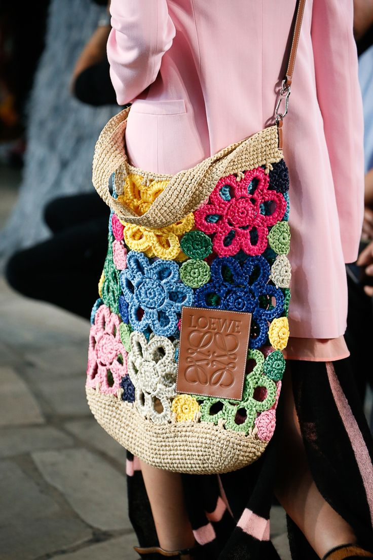 The Top 10 Accessories Trends of Spring 2019 – Tracy Jacobsen