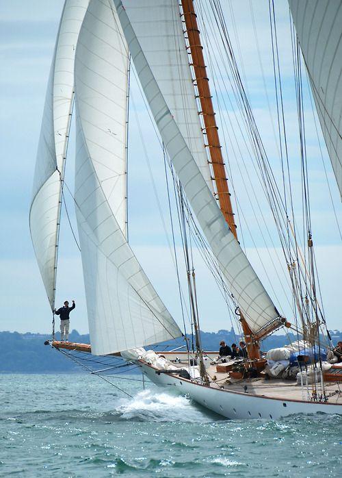 What beautiful lines,....Buckets Lists, Sailboats, New England, Sailaway, Tall Ships, The Ocean, Sea, Sailing Away, Sailing Boats