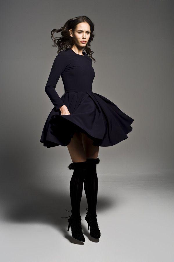 Sukienka damska Sukienka rozkloszowana z długim rękawem, od projektanta Manshmari | Mustache.pl
