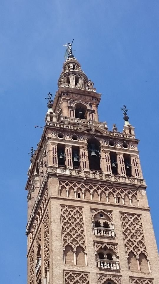 One of the most important symbols of Sevilla......The Giralda!