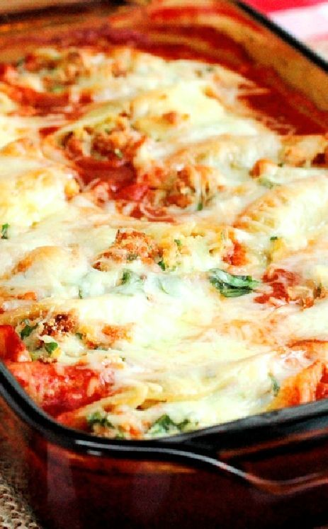 Low FODMAP and Gluten Free Recipe - Baked pasta shells filled with cheese   ---  http://www.ibssano.com/low_fodmap_recipe_baked_pasta_shells_filled_with_cheese.html