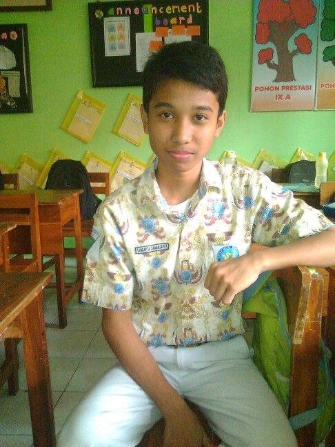 Batik SMPN 1 Manyar {}