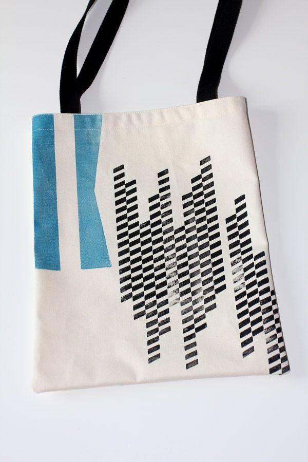 totebag impression typo sur tissu ( caractères en bois lettre K et ornements) voir atelier http://ampersandpresslab.fr/