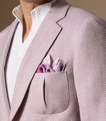 thestudenttailor:  A beautiful wool, silk and linen blazer in a lovely soft lavender colour. The pleated patch pockets are also a great design detail.