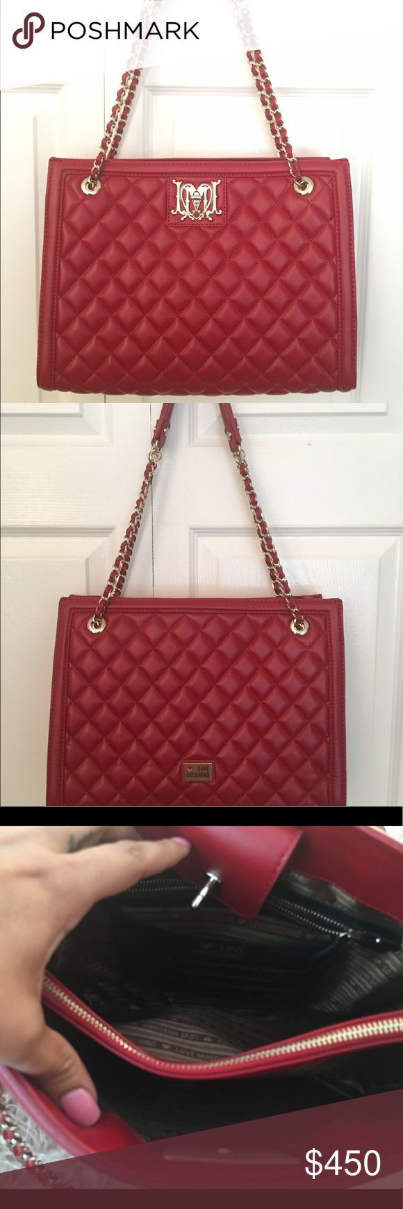 Moschino Red Shoulder Bag Pre loved Moschino shoulder bag. In excellent condition clean inside with plenty of space. Moschino Bags Shoulder Bags