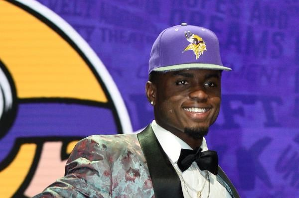 "Laquon Treadwell managed just one reception in 2016. Minnesota Vikings coach Mike Zimmer said the rookie was ""pressing."""