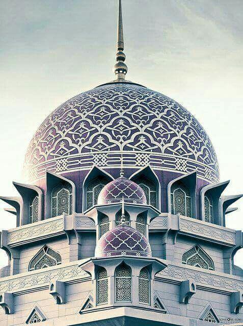 The Beautiful Masjid Putrajaya