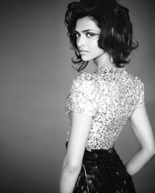 "Bollywood's Tall & Towering Diva ""Deepika"""