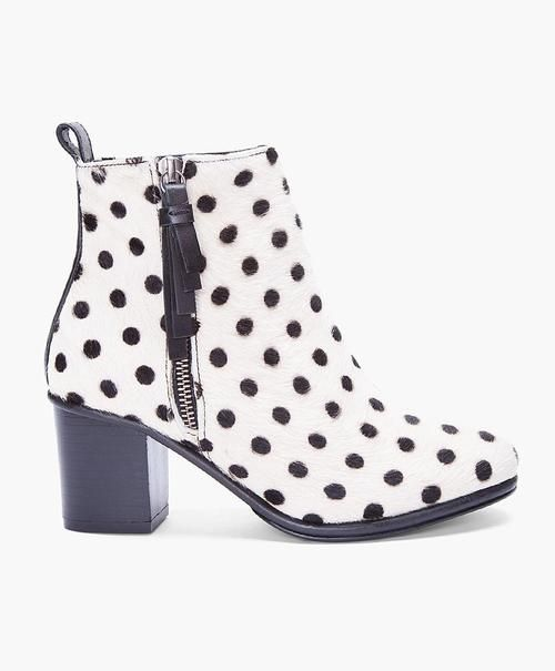 Opening Ceremony Polka Dot Pony Boots: Opening Ceremony, Ponies Boots, Fashion, Open Ceremony, Polka Dots Shoes, Polkadot, Ivory Polka, Dots Ponies, Ceremony Ivory