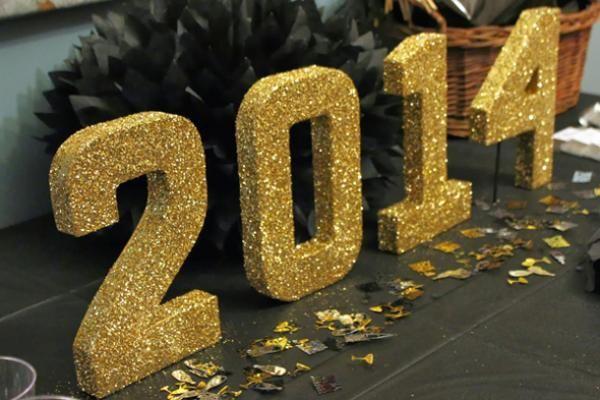 Graduation Decor Ideas: Glitter Table Numbers