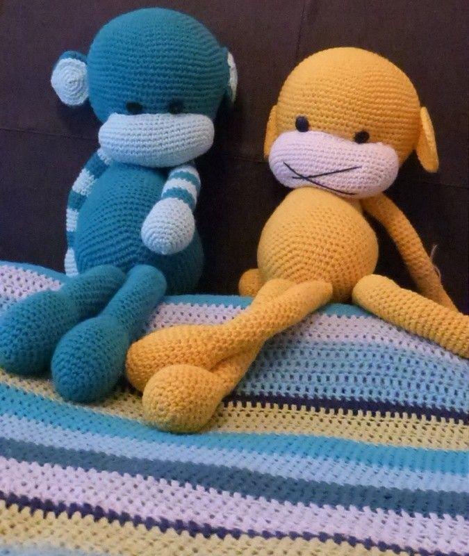 Mantas para cama 1 plaza.br / Totalmente realizada con hilados de primera calidad.br / Disenos varios.br / Tambien pie de cama.
