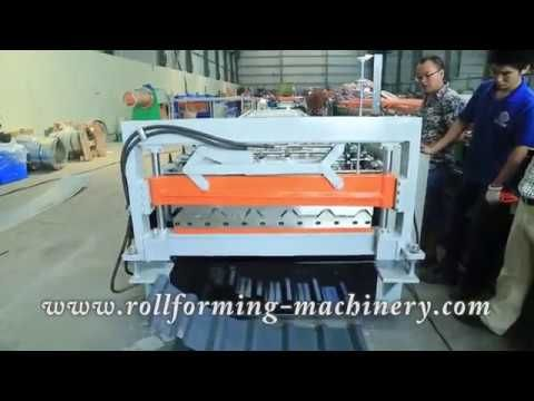 Metal roofing sheets making roll forming machine