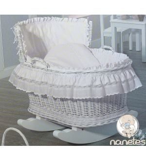 56 best cunas y moises images on pinterest baby rooms kids rooms and furniture - Sabanas moises mimbre ...